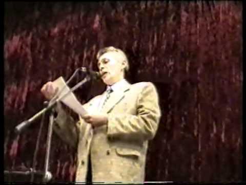 Писатель -юморист Павел Малинов.