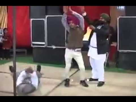 Main Nagin Tu Sapera - Sardar video