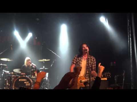 Gilby Clarke - It's So Easy - Live at Virgin Oil, Helsinki Finland 16.5.2012 [HD]