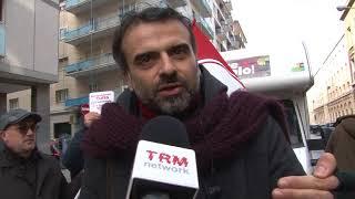 """A Bari la protesta di """"Potere al Popolo"""""""