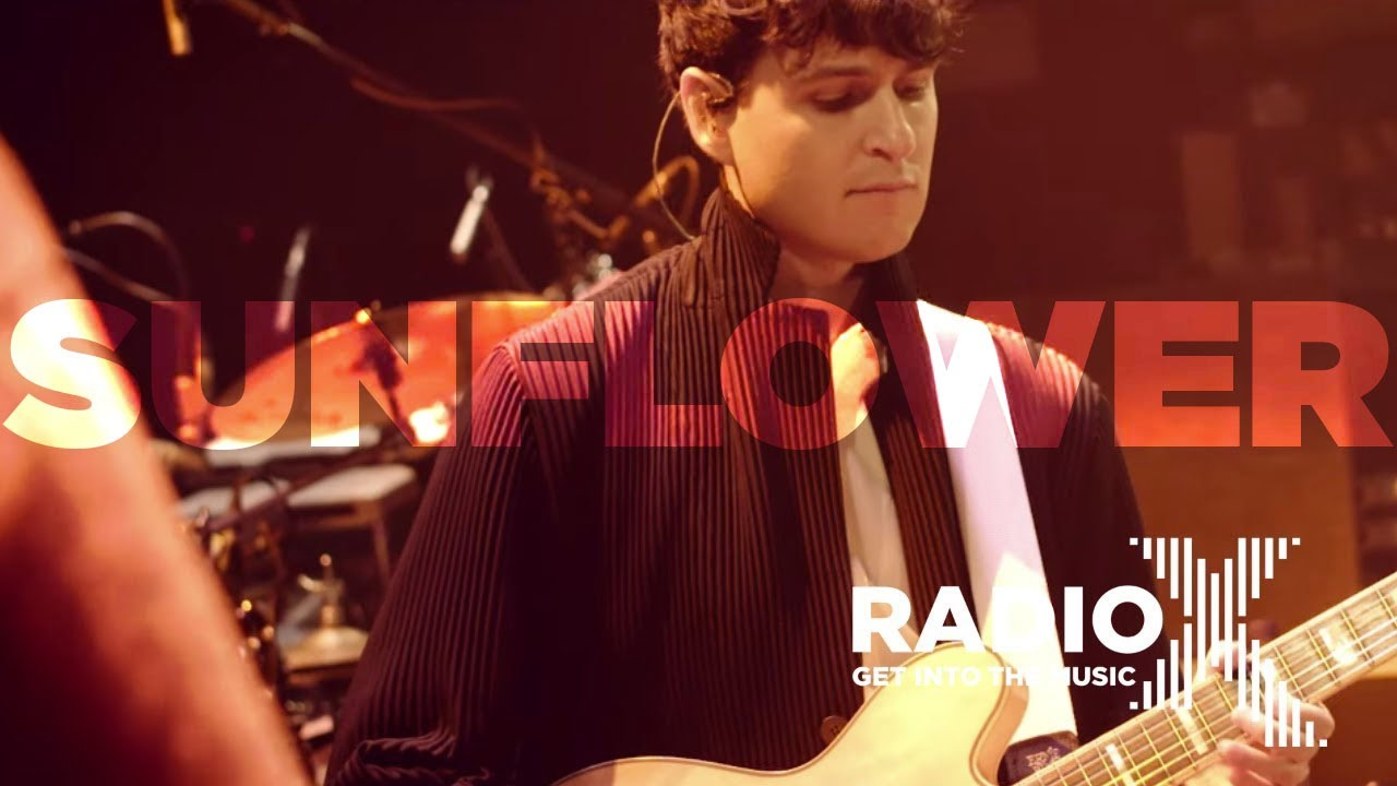 "Vampire Weekend - Radio X「Soundcheck Sessions」から""Sunflower""など3曲のライブ映像を公開 thm Music info Clip"
