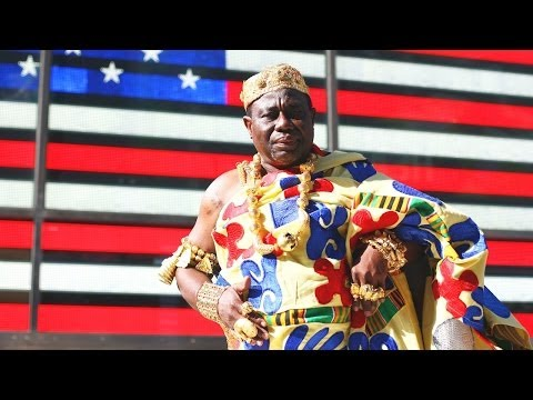 Meet The Ghanaian Chief Who Drives A New York Taxi SUBSCRIBE: http://bit.ly/Oc61Hj New York cab company owner Isaac Osei lives a double life - as well as ove...