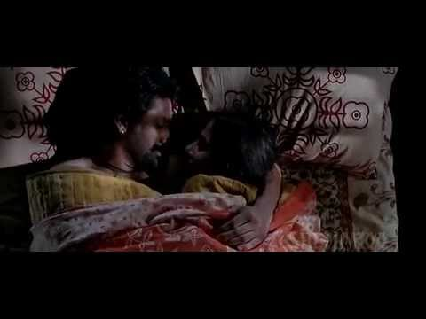 Vidhya Balan Hot Kissing Scene video