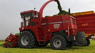 Case IH Mammoth 8790 in action! | Transmefo Putten | Grass Silage 2014