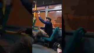 Thượng đế đi xe bus