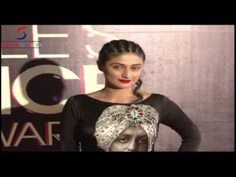 Hot Actress Sameera Reddy & Ragini Khanna  Red Carpet Of People's Choice Awards video