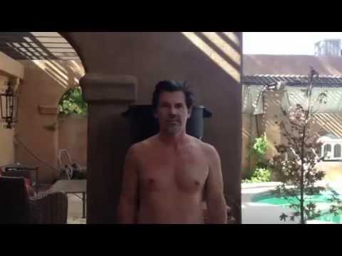 Josh Brolin Naked ALS Ice Bucket Challenge