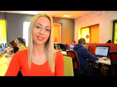 Aneta I Karina - Praca W Call Center (www.S8.com.pl)