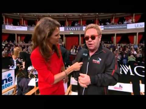 Sir Elton John has a mishap with his chair! Enjoy! I do not own this video. No copyright intended.