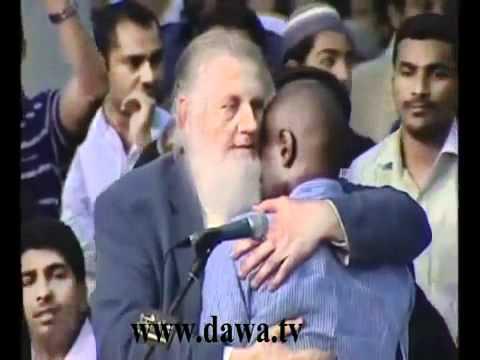 yousif estes - He Accept Islam Allahu Akber