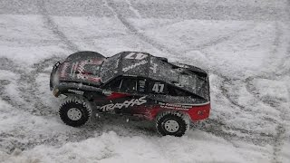Traxxas Slash 4x4 VXL First Snow Bash 2015
