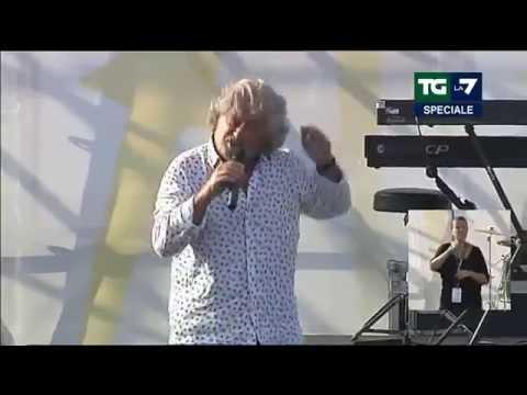 Speciale TG La7 - Italia 5 Stelle al Circo Massimo (12/10/2014)
