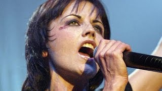 Download Lagu The Untold Truth Of The Cranberries' Lead Singer Gratis STAFABAND