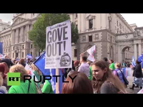 UK: Teachers strike brings London to a standstill