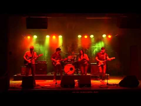 Full Monty  - Somebody to love Jefferson Airplane cover) LIVE @ Vintage Industrial Bar