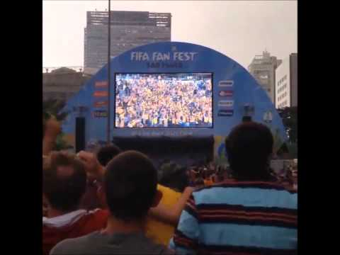 Netherlands beat Australia {3-2} Fans veiw reactions Porto Alegre Brazil 2014 FIFA World Cup