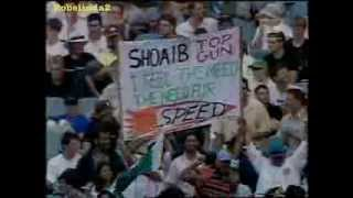 10 wickets you haven't seen from Shoaib Akhtar vs clueless Aussies