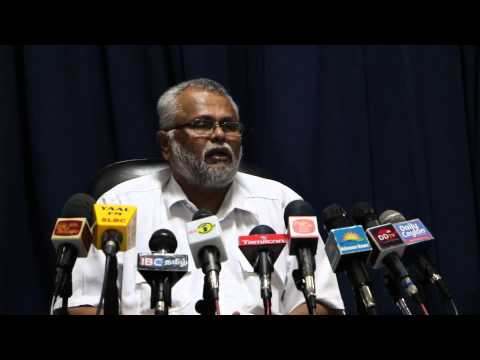 Media conference with K.N.Dules Devananda (E.P.D.P) in Jaffna - press-05