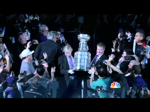 Los Angeles Kings 2013 1st game intros and Stanley Cup Banner raising