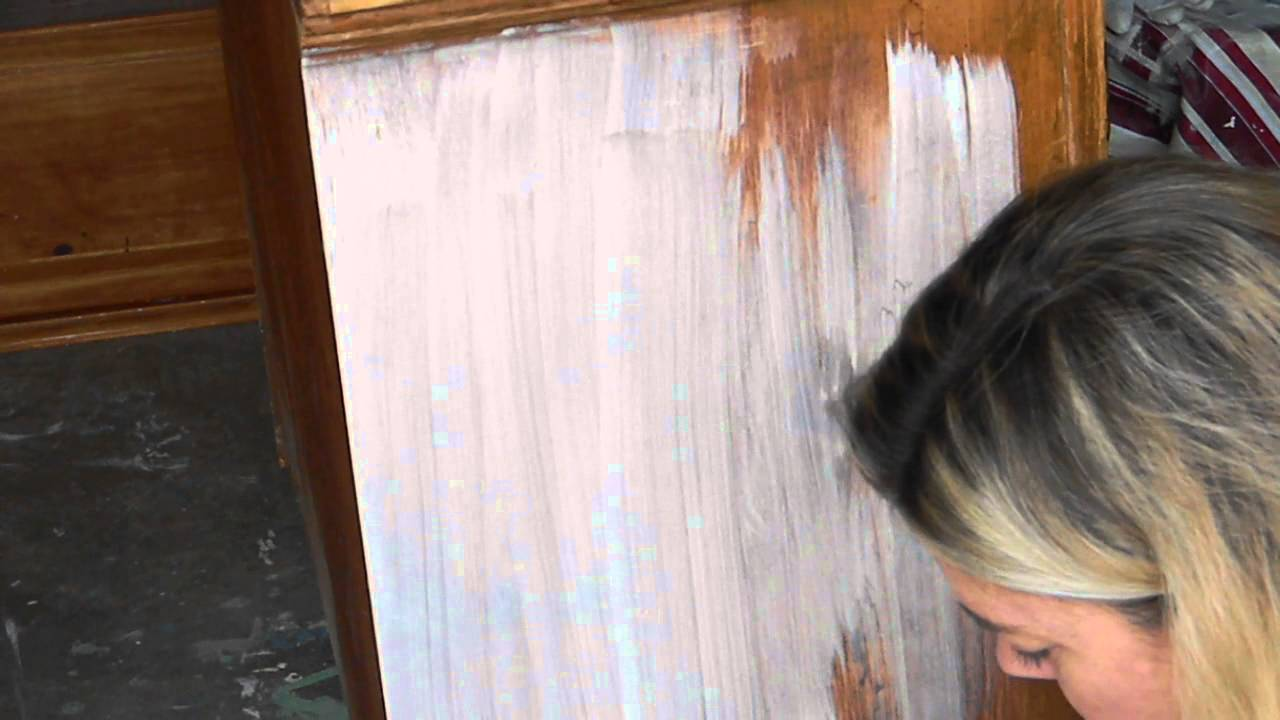 White Wash Effect With Chalk Paint