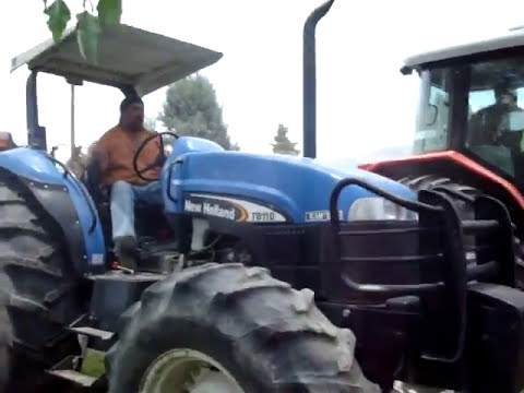 massey ferguson vs new holland