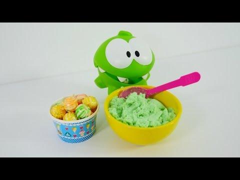 Видео для детей с игрушками. Ам Ням и полезная кашка