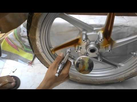 Hasil gambar untuk Cat Ulang Pelek Motor