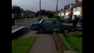 Classic Car Austin Cambridge Breaks in Half - video 1 of 2