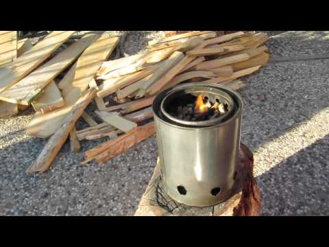 Paint Can Wood Gasifier : Wood Stove - Paint Can Gasifier.  How To Save Money And Do It ...