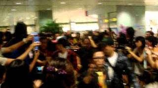 2AM ARRIVAL  IN SINGAPORE (1.12.2010)