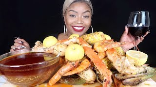 SPICY KING CRAB LEGS & SHRIMP SEAFOOD BOIL MUKBANG 먹방 EATING SHOW!
