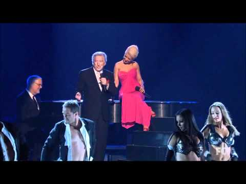 christina-aguilera-feat-tony-bennett-steppin-out-emmys-2007-hd.html