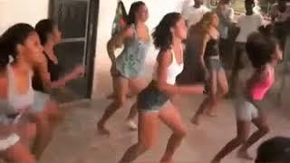 Kelly Clarkson Heat Fan Clipe Alternativo