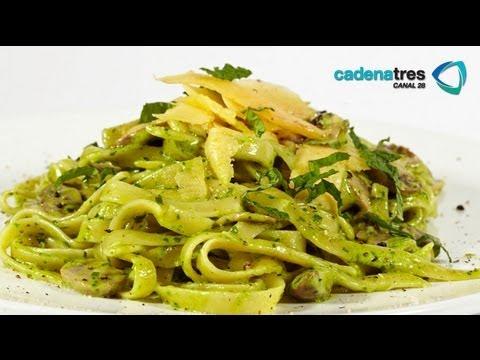 Receta de pasta de pesto con cilantro cremosos. Receta de pasta / Receta de pasta de pesto