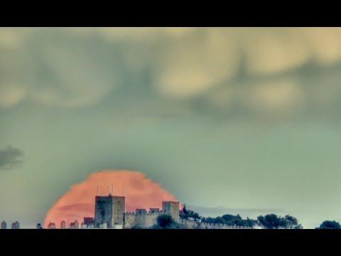 Castelo de Sesimbra e Lua da Arr�bida