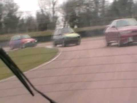 TOYOTA STARLET GT TURBO VS R33