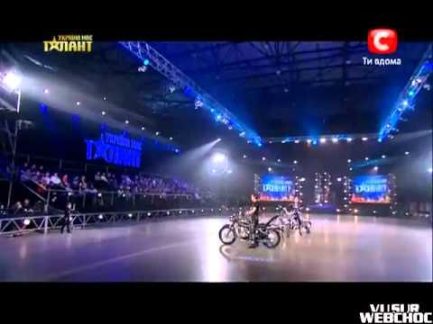 Show Familial En Moto à Ukraine Got Talent