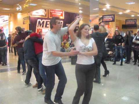 Salsa Party in Karavan - bachata (http://latinmotion.com.ua/)