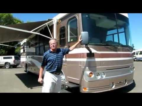 2003 Fleetwood Excursion 39' Class A Motorhome