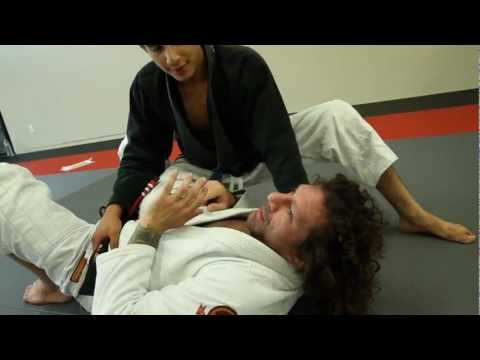 Kurt Osiander's Move of the Week - Knee on Belly Defense Image 1