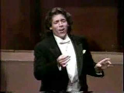 Largo al factotum - Thomas Hampson