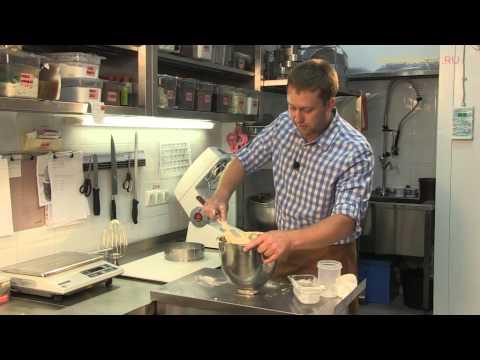 Секрет идеального бисквита от Олега Ильина