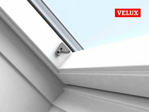 velux rolgordijnen montage youtube. Black Bedroom Furniture Sets. Home Design Ideas