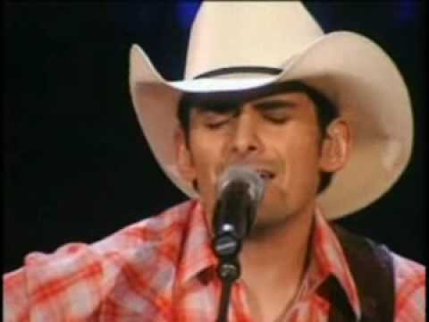 Brad Paisley - When i Get Where I'm Going Live ( acoustic )