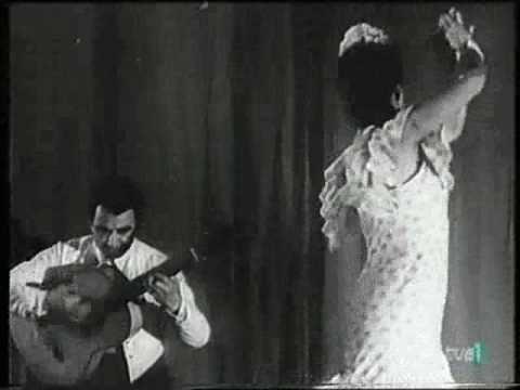 Lola Flores con el Niño Ricardo - Nodo 1943