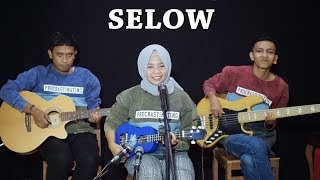 WAHYU - SELOW Cover by Ferachocolatos ft. Gilang & Bala