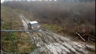 Range Rover P38 vs Russian  mud