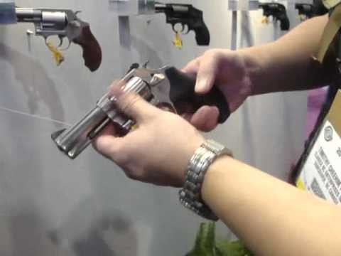 Shot show 2012 Smith & Wesson Booth, Tim found a Ladies' Conceal Carry mini Revolver line