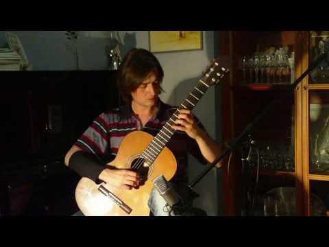 Asturias by Isaac Albeniz (in the original G minor Key) - Francesco Teopini (Classical Guitar)