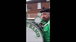 EIRE NUA - FLUTE BAND - WEST BELFAST - marching Ardoyne